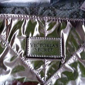 "NWT ""Victoria's Secret""  Tote /Carry All Bag"